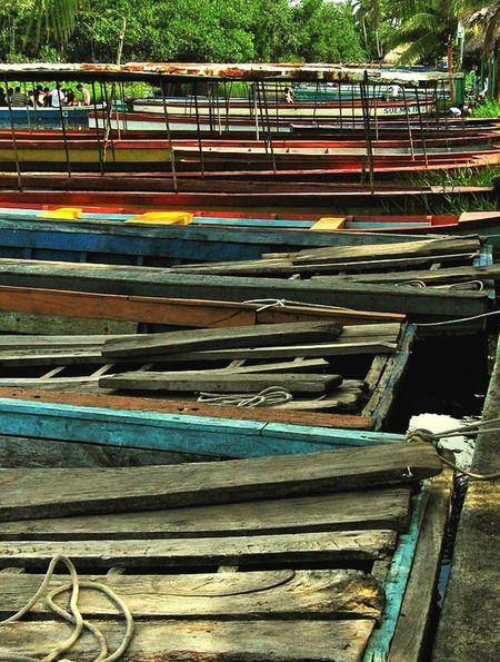 RePicture Travel Guatemala Small Boat Barques River Color America Latina Rio Boats