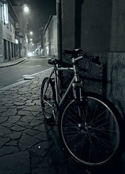 Bicycle Night Transportation Street Illuminated Outdoors City Focus On Subject Streetphotography Black&white Monochrome Photography