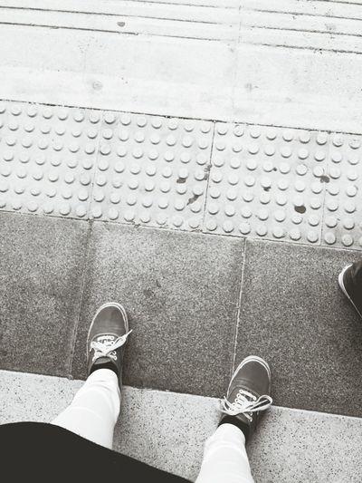 Cada paso que das es un avance, un avance a conseguir lo que te propones. Blackandwhite