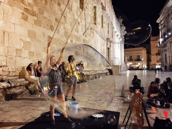 Check This Out Hello World Taking Photos Relaxing Getting Inspired Great Atmosphere Getting In Touch Ortigia Sicily Streetart Ortigia By Night Duomo - Ortigia