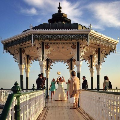Amazing moment on #bandstand. Sunset, Bride, best friends and flying bucket of #flowers ?☀️????❤️☀️?? #bride #wedding #sunset #alan_in_brighton #gf_uk #gang_family #igers_brighton #insta_brighton #from_city #ic_cities_brighton #ig_england #gi_uk #allshot Ic_cities_brighton Capture_today Flowers Loveyoursummer Sunset Mashpics Wedding Top_masters From_city Pro_shooters Bride Alan_in_brighton Insta_brighton Gang_family Igers_brighton Bandstand Allshots_ Weddingideas Gf_uk Gi_uk Ig_england Aauk