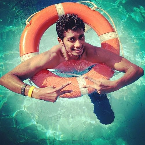 ObessedToSwimming EthirNEechal Fullfun Withbesties KillerDay KyaBathHaiYaar (SMILEY) \m/ WooHoo!!!