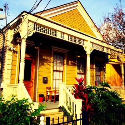 Architecture Old Vintage Autumn Fall Classic Outdoors Yellow Sunny Photooftheday Instagram Picoftheday Uptown NOLA Louisiana South Igers Instagood Instalike Instagrammers Vintique Neworleans Iphone5s Ig_murcia Southernlife Oldsouth Onlylouisiana Louisianatravel Jj_louisiana_041