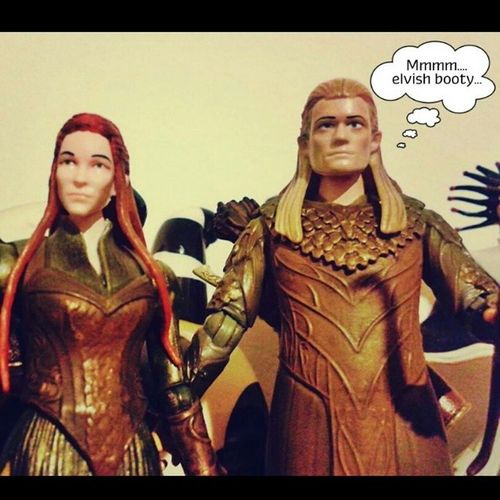 Legolas! You dog! Hobbit Elves Tauriel Legolas figurines geekshavingfun