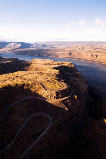 Plateau (IG @noeldxng) Oregon Columbia River Columbia River Gorge Adventure Road Road Trip View From Above Dji Mavic 2 Pro Drone  Aerial View Vista Travel Destinations Sea Beach Sunset Sand Dawn Sky Landscape Horizon Over Water Volcanic Landscape Arid Climate Desert Geology Arid Landscape Physical Geography Dramatic Landscape Rugged Eroded 17.62°
