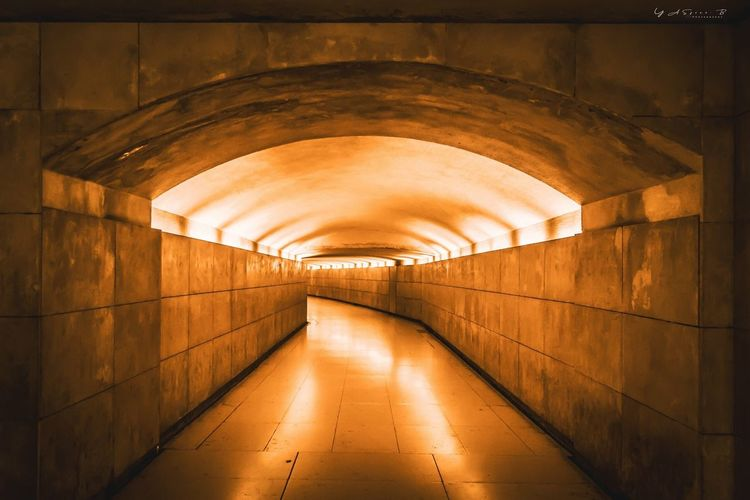 Sonyalpha Arc De Triomphe Paris Architecture Built Structure Indoors  Illuminated No People Lighting Equipment Arch Wall - Building Feature Tunnel Subway Empty
