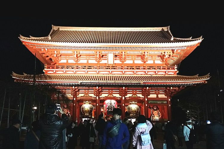 Senso-Ji Senso-Ji Temple Asakusa Buddhist Temple Oldest In Tokyo Founded 645 AD Building Architecture Illuminated Night Tokyo Japan JapanDec2016 TokyoDec2016 Tokyoarchitecture Japanarchitecture