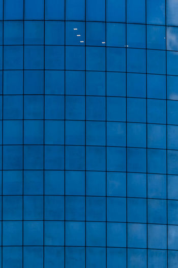 Blue Backgrounds Pattern Full Frame Flooring Shape Tile No People Grid Indoors  Geometric Shape Design In A Row Square Shape Repetition Close-up Wall - Building Feature Industry Swimming Pool Textured  Tiled Floor Turquoise Colored