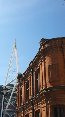 Old Meets New Victorian Architecture Modern Architecture Red Brick Cityscape Cityscapes Contrast Stadium TakeoverContrast Your Ticket To Europe