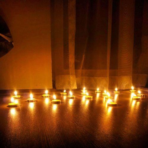 gumushanedeki aliskanliklarimdan kopamiyorum.. Mumlar Gece Matem Sükunet Huzur Meditasyon Gümüşhane Kayseri