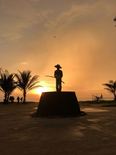 Statue of someone Thailand Phuket Karon Beach Statue Sunset Goldenhour Orange Color One Person Cloud - Sky Lifestyles Beach Land Men Outdoors Beauty In Nature Leisure Activity Scenics - Nature