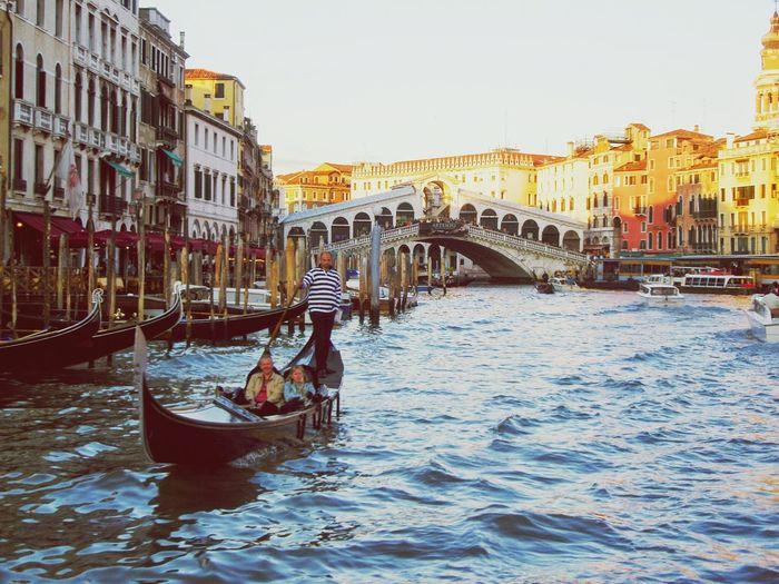 Venice, Italy Venezia Gondola Ponte Di Rialto Rialtobridge Rialto