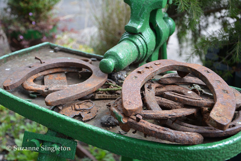 Old Horsehoes Horseshoe Horseshoes Rust Lucky Horseshoes Metal Water Pump Old Horseshoes Rusty Horseshoes Water Pump