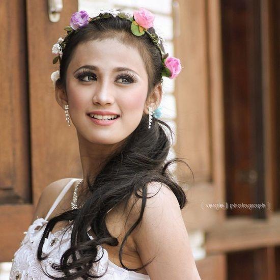 Kofaba Model Dress Smile starebrideinstalike