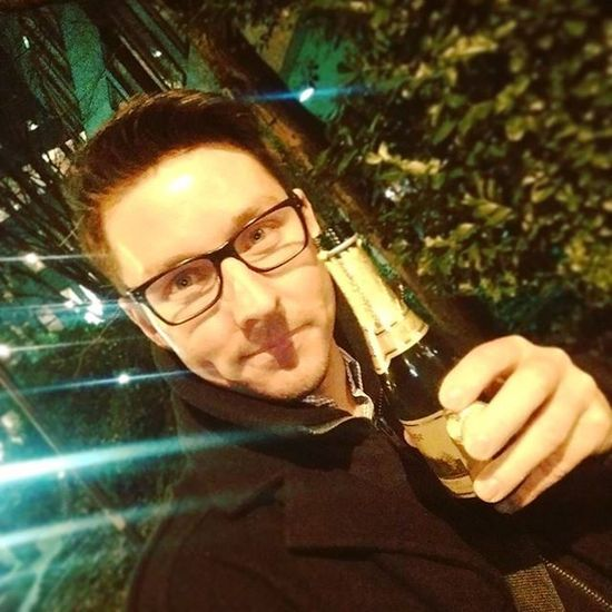 Last time at work for 2015 😳 Cheers 🍻 Cheers 2015  2016 Lasttime Theyearisover Sekt Prost Cologne Working Daslebengeniessen Dolcevita  Germanboy Gay Gayboy Dontdrinkanddrive Baldistsilvester Ig_cologne