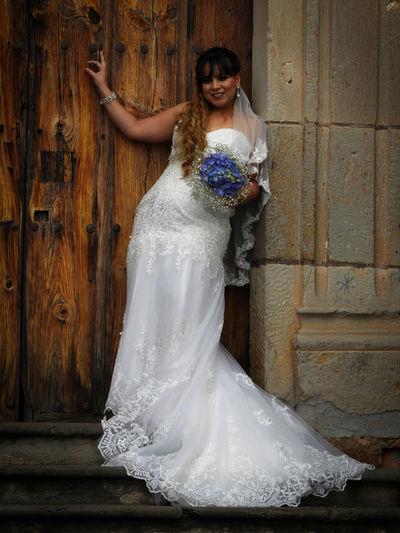 Tapalpa Jalisco Mexico VESTIDA DE NOVIA Bouquet Bride Celebration Happiness Life Events Novia One Person Outdoors Real People Standing Vestido De Novia Wedding Wedding Dress The Portraitist - 2018 EyeEm Awards