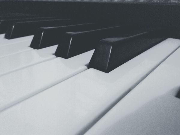 Can you sing with me? Playingpiano  EyeEm BlackandWhite Eyemusic  Myhobby