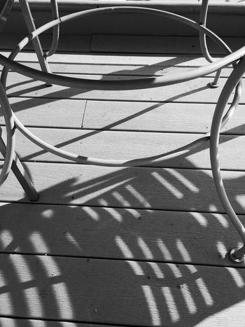 Metal Table Shadows