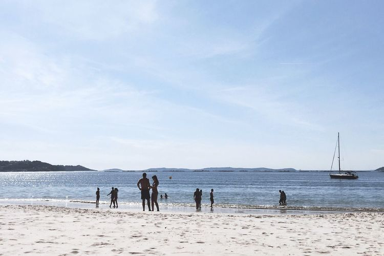 The Essence Of Summer The Great Outdoors - 2016 EyeEm Awards Summer Seascape Seaside Beach Vacations Travel Sea And Sky Sea View Horizon Beauty In Nature Tranquil Scene Sea Water Galicia SPAIN Tourism Outdoors Sailboat Blue Pontevedra Rias Baixas