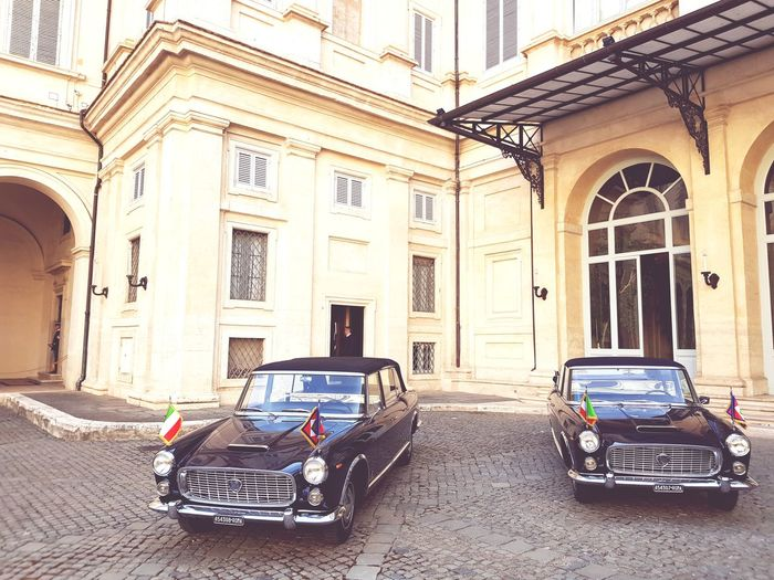 traditional italian car inside the President Palace Esclusive Entrance Exclusivecars Lancia Quirinale Top Monument Historical Building Historical Car Car Architecture Built Structure Building Exterior Parking Historic The Photojournalist - 2018 EyeEm Awards Summer In The City