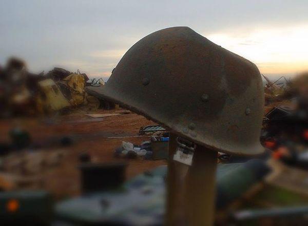 Depth Of Field Destruction Editorial  Editorialphotographer Editorialphotography Helmet Iraq Iraq_photo Selective Focus War