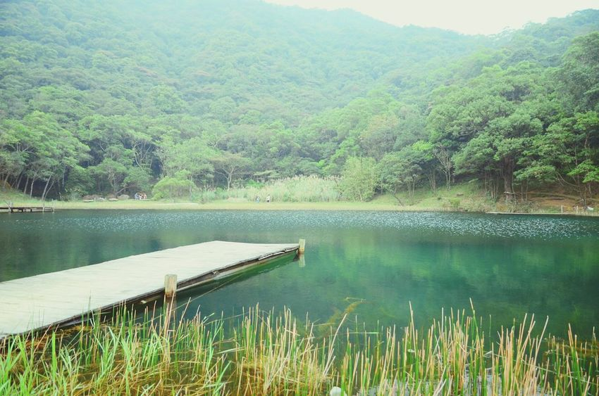 Dream Lake .Someone take this photo for me. ヾ(*´∀`*)ノ Lake Scenery Taipei Winze's Life