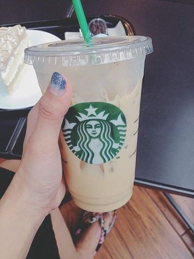 My latte completes me 😘 Latte Coffeelover Starbucks Coffee