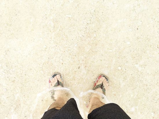 砂浜 Sand Beach と 海 Sea と 波 Wave 宮古島 Miyakojima 。 From My Point Of View Walking Around Walking Relaxing さんぽ Summer Flip-flop