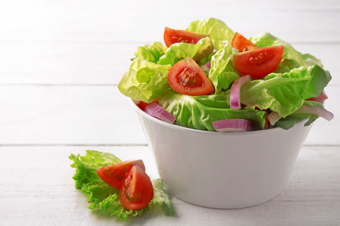 Salad in a bowl Bowl Close-up Food Freshness Healthy Eating Letuce Mediterranean  No People Onion Salad Tomato Vegetables