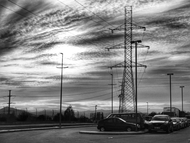 Monochrome Sky Working