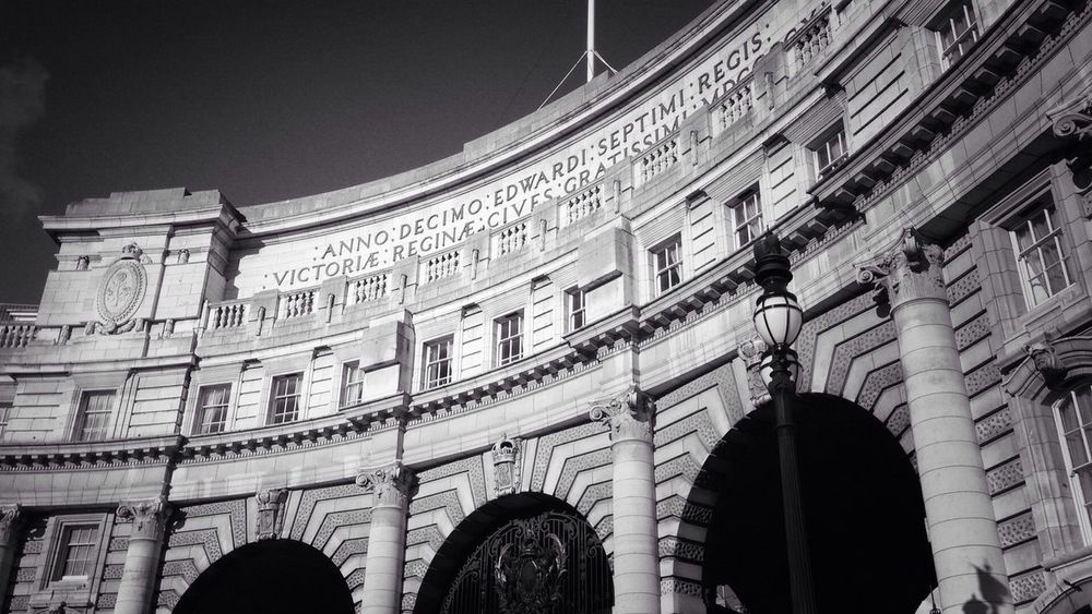 Under the Arch Eye4black&white  Bw_collection AMPt Community Londononly