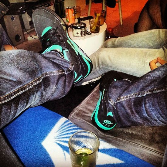 Ptite ambiance ' Puch Nike_ Airforce180s 180hight 180s nicekicks instagood instalov instalike nikeairmag instashoes instagramhub sneakersaddict sneakers4ever sneakerporn ambiance paris France banlieue ' '