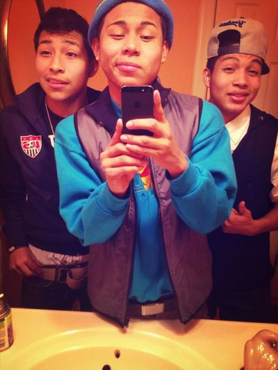 Chillen With The Bros