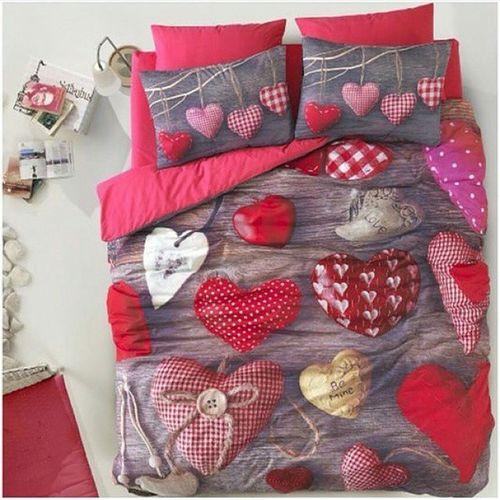 Aşk Yatak Sevgi Paylaşmak