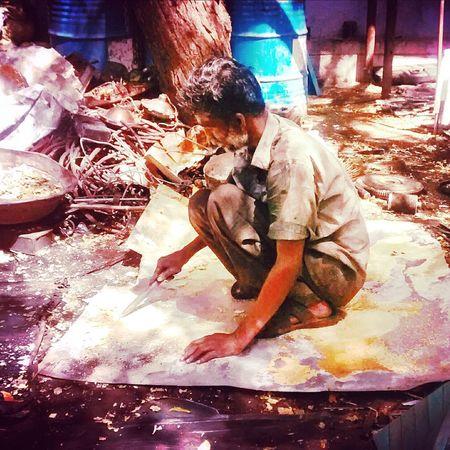 The Street Photographer - 2015 EyeEm Awards India Incredible India Labourer Sunnyday Streetphotography Randomshot OpenEdit Photography