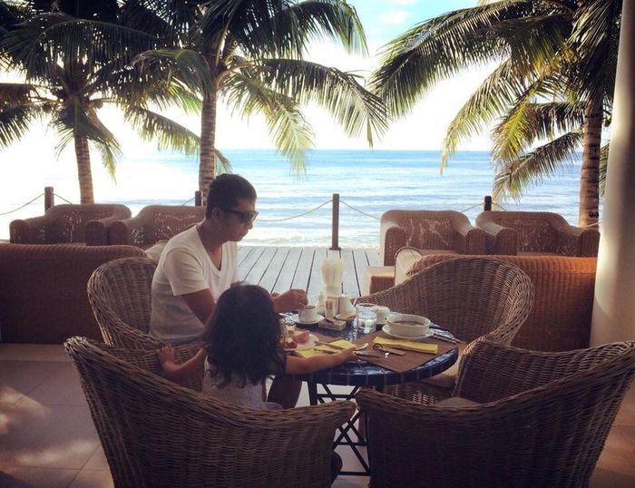 Good Morning Traveling Vietnam's Beach