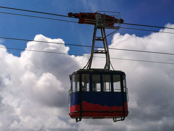 cable car above the mountain Tranquility Tranquil Scene Sunlight Transportation Photography Photooftheday Illuminated Outdoors Day Enjoying Life EyeEm Nature Lover Eye4photography  Abstract EyeEmBestPics EyeEm Best Shots Travel Destinations EyeEm Gallery Light And Shadow Clouds And Sky Backgrounds Scenics Blue Nature Close-up Relaxing Cable Electricity  Hanging Power Line  Cable Car