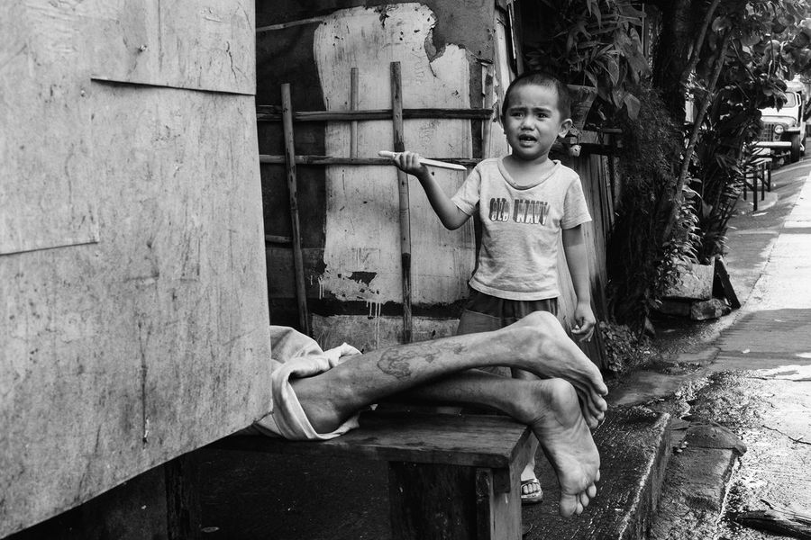 Streetphotography The Human Condition People Philippines The Street Photographer - 2017 EyeEm Awards Everybodystreet Child Eyeem Philippines Streetphoto_bw B&w Street Photography EyeEm Lucena Street The Photojournalist - 2017 EyeEm Awards Street Life Blackandwhite Photojournalism Real People B&w Street Photography Outdoors Colour Your Horizn