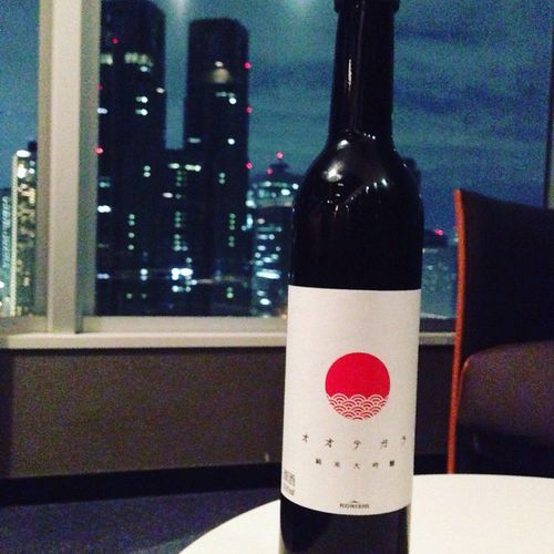 新宿タワーマンションの30階ラウンジで呑む日本酒! Sake 日本酒 日本酒コマチ 日本酒小町 兵庫県 オオテガラ Japan