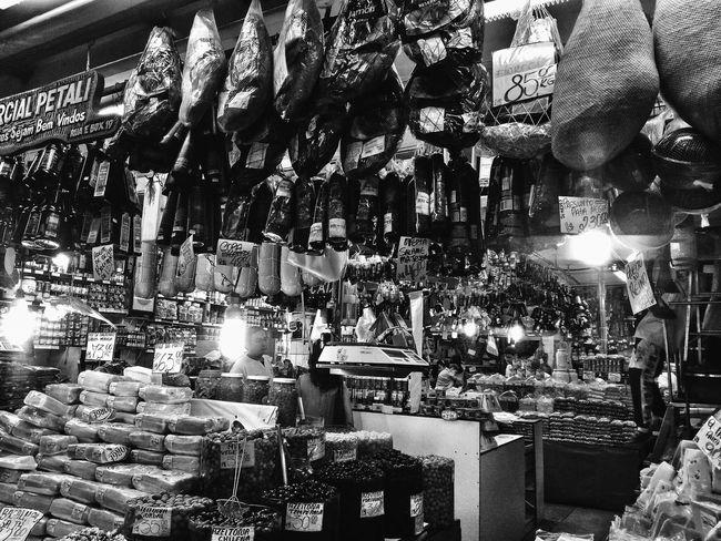 Sao Paulo - Brazil Saopaulo Mercadomunicipal Mercadao Mercadaosp Jamon JamonSerrano Jamoniberico Food Foodstore Blackandwhite People People Watching EyeEm Food Photography EyeEmNewHere