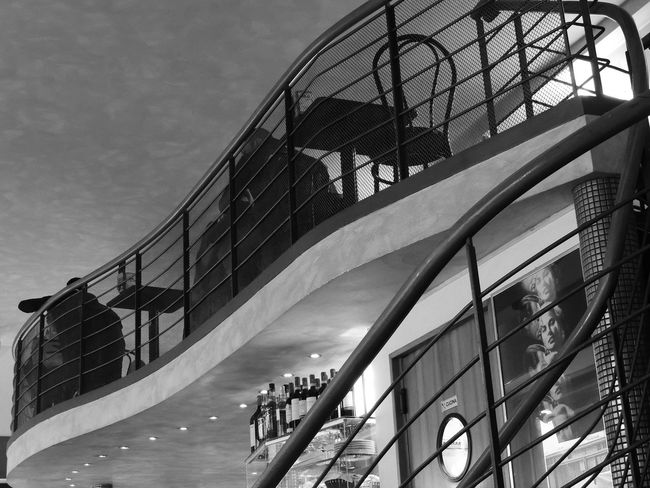 Architectural Detail Architecture Architecture Architecture_collection Bar Black & White Black And White Black And White Photography Blackandwhite Blackandwhite Photography Built Structure Day Low Angle View Modern No People Outdoors Pub Sky