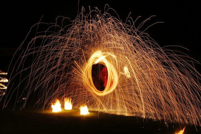Fire Night NightphotographyNightphotography Performance Fireshow Show Poi Poidancing Poidancer Firedance Firedancer 43GoldenMoments