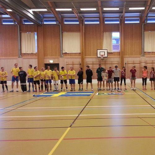 historisk internationell innebandylandskamp mellan Sverige och Sydafrika i Olympens lokaler CSMLNU Stellenbosch Innebandy Csm11 floorball swersa