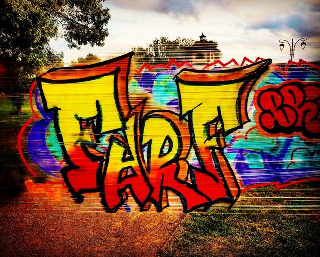 TOULOUSE TOWN HuaweiP9 Huaweiphotography Graffitiwall Graff EyeEm Best Shots Ghetto Creativity UGS Painted Image Drawing - Art Product Eightballstore France 🇫🇷 Text Tag Lifestyles Huaweip9photos Drawing Farfal 2017 Fs313 Street Art Urban Streetart Multi Colored