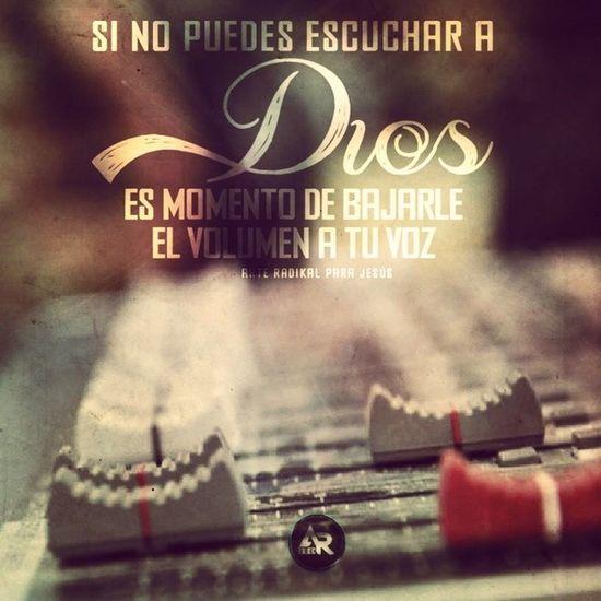 S moment de cerrar estos ojos y los oidos a est mundo y escuchar la voz d Dios.. HablaPapá Aleluya