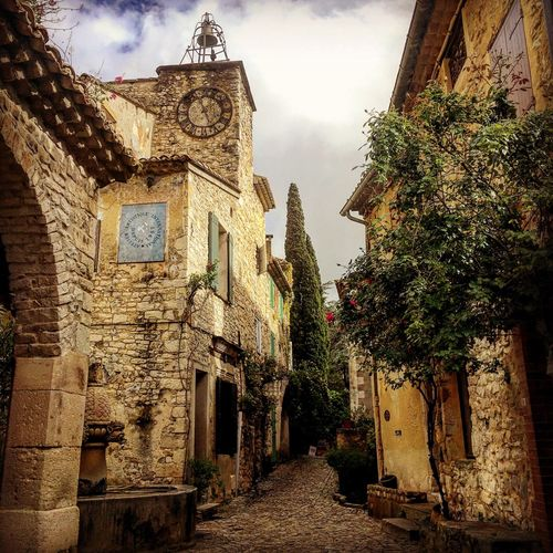 No People Cloud - Sky Outdoors Old Holiday History Village Photography Provence Provencealpescôtedazur Provence Village Provence France Plus Beau Village De France Seguret Medieval MedievalTown Vieillepierre Oldvillage Low Angle View Bell Tower