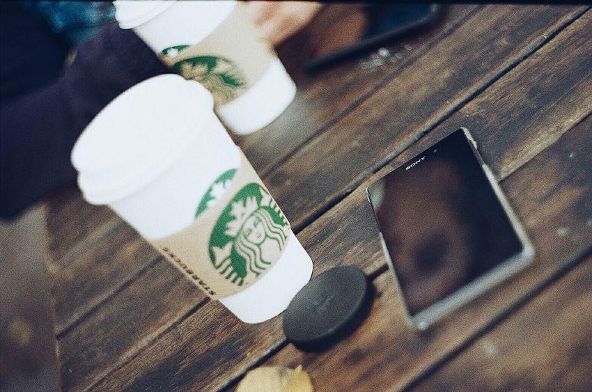 Starbucks Sony Traveling Zenit Enjoying Holidays