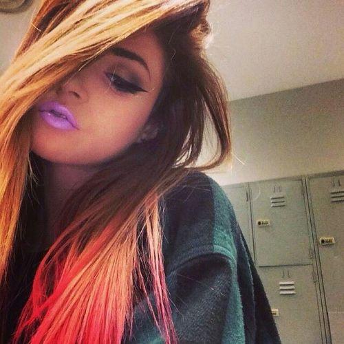 Ruj💄💄 Queen👑 Selfie ✌ Fotografheryerde öpücüklerimle Eyeliner♥ Princess Saçlarım ❤ My Eyeliner Cool