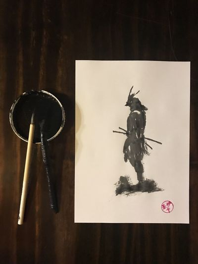 tinta china The Mobile Photographer - 2019 EyeEm Awards Sumie Tintachina Pintura Tinta Dibujo Papel Indoors  Still Life Table No People Representation Directly Above Art And Craft Creativity Close-up Paper Water Human Representation Wood - Material Black Color Communication High Angle View Group Of Objects Book