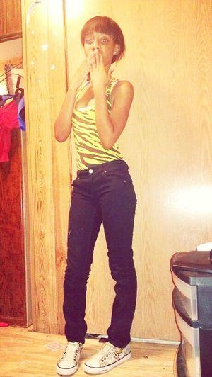 I look tall w/ my Short ahh!